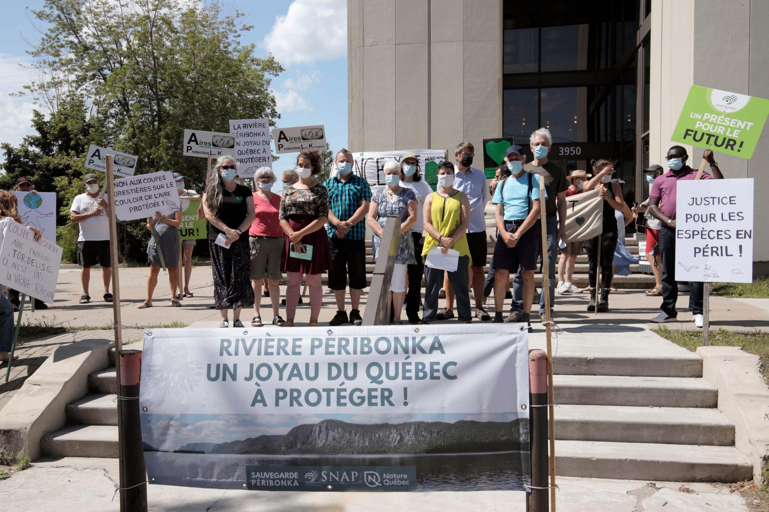 Manifestation pour la protection de la rivière Péribonka : le Premier ministre doit rappeler le ministre Dufour à l'ordre et suspendre toute coupe forestière